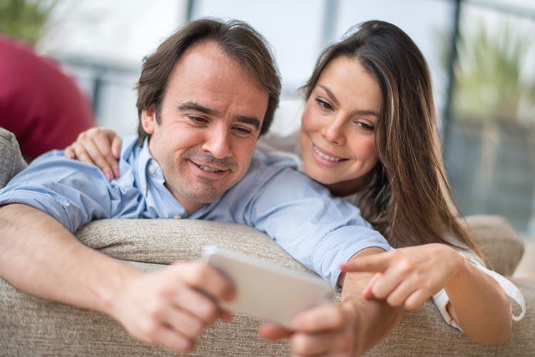 Kostenlose online-latino-dating-kontaktanzeigen
